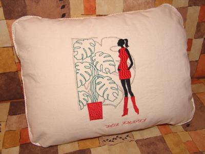 Как вышивку в подушку вшить